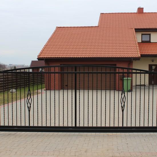 Minimalistiniai vartai Midama