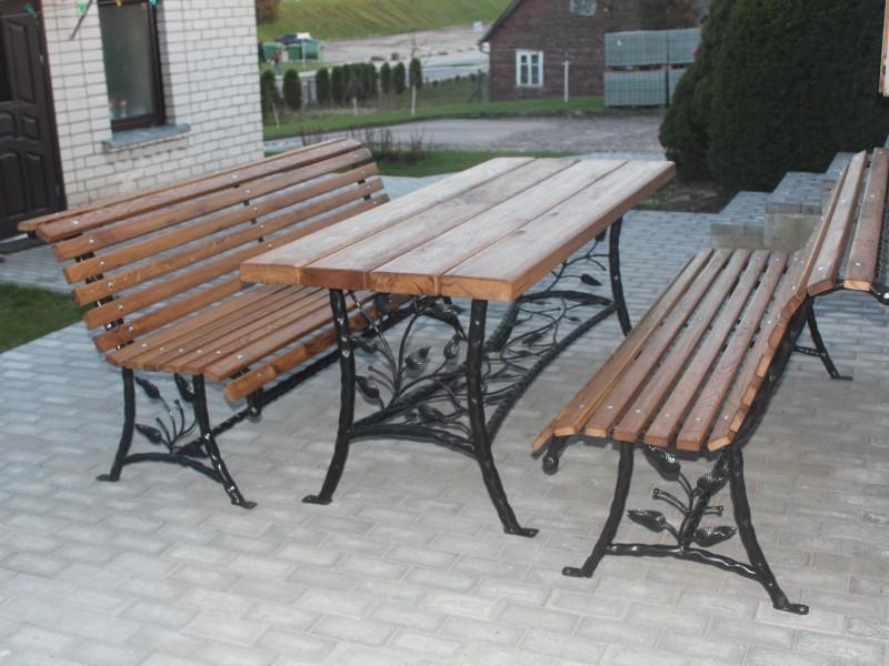 Lauko baldu komplektas Midama
