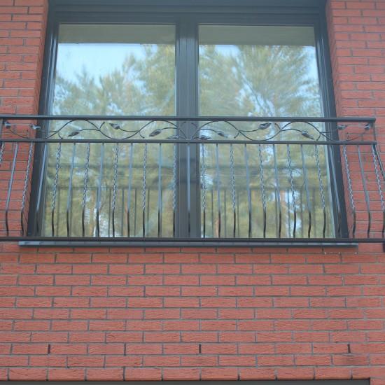 Metaline lango dekoracija Midama