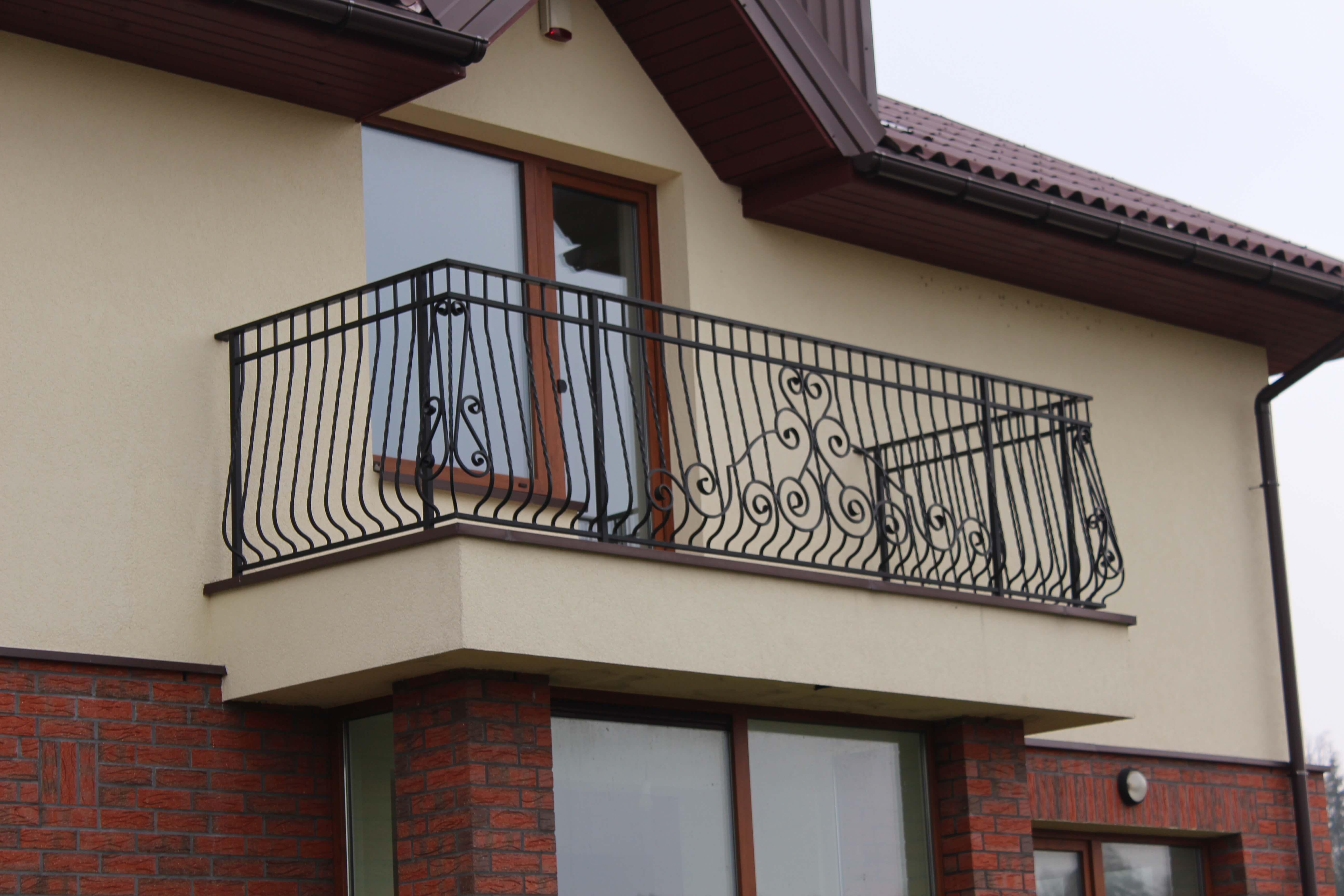 Metaliniai balkono tureklai