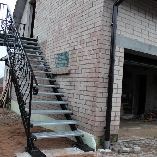 Metaliniai laiptai Midama