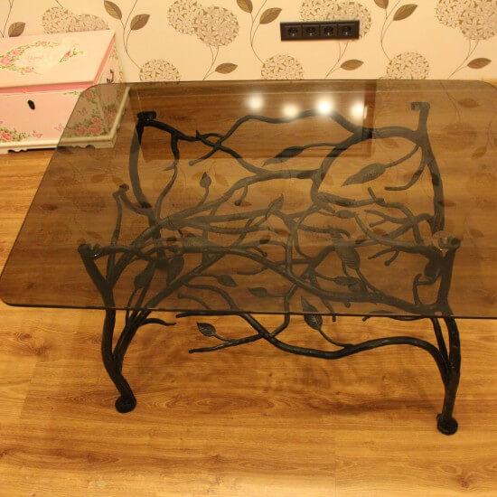 Metalinis kavos staliukas